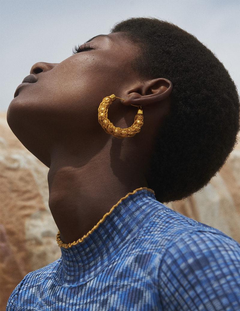 Fashion photography by Julia Noni, minus37