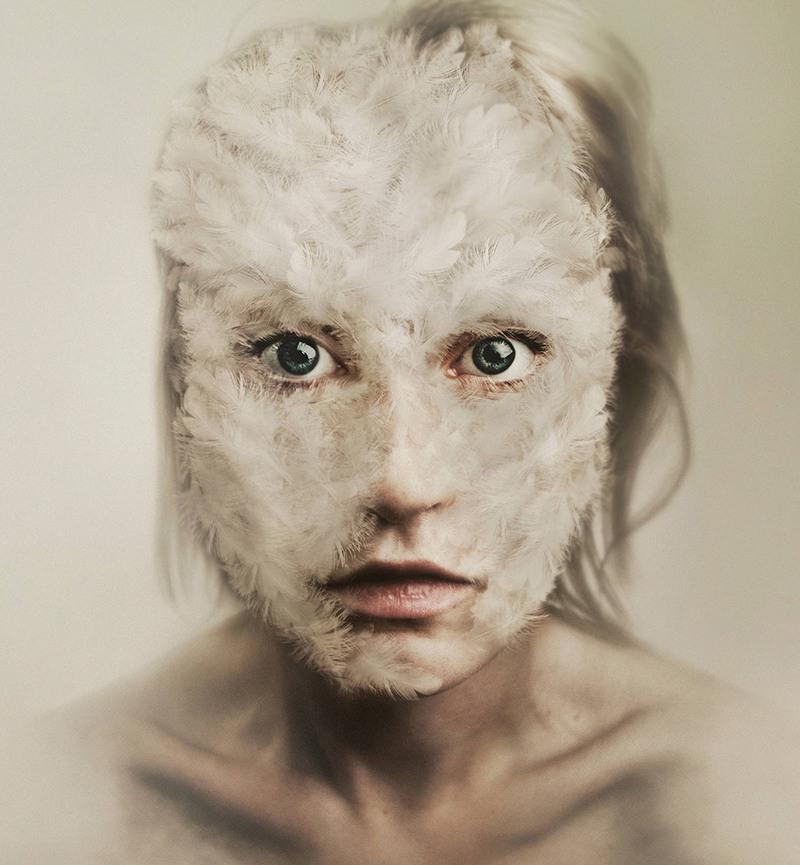 Flora Borsi - Recent Artwork III, minus37