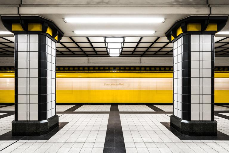 Chris M. Forsyth - Paracelsus-Bad, Berlin, The Metro Project, minus37