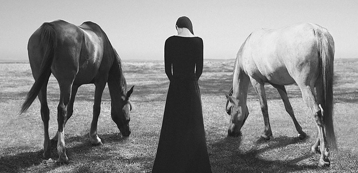 Surreal Self-portraits by Noell Oszvald, minus37 (detail)